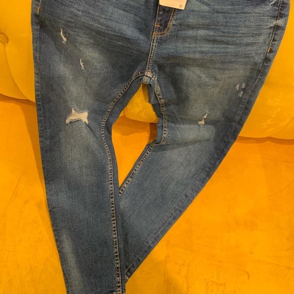 Zara Other - Zara Man Skinny Cropped Fit Jeans